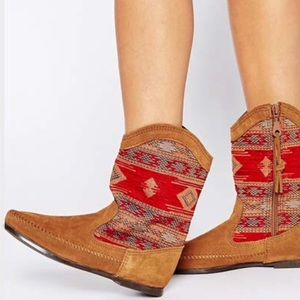 23e3138ddd78 Minnetonka Womens size 10 Baja slouch boots red